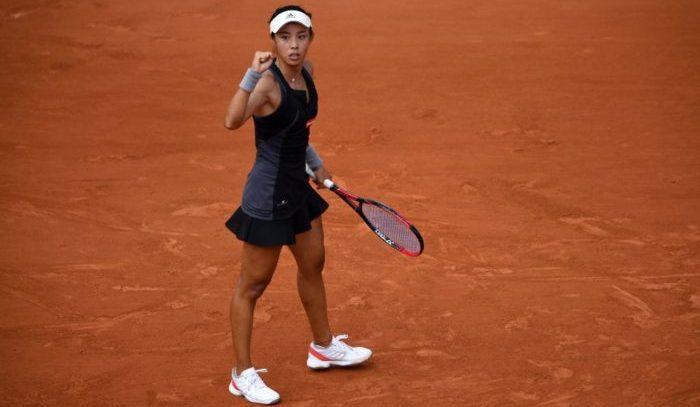 Venus Williams loses opener in Paris