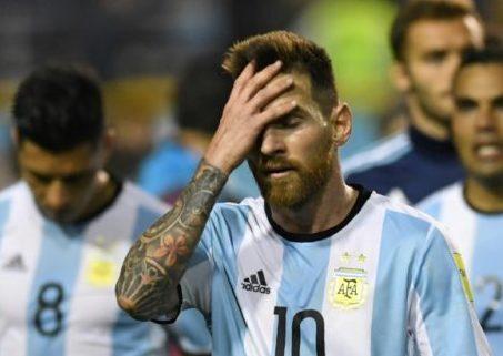 Messi skips Argentina friendlies, future in doubt