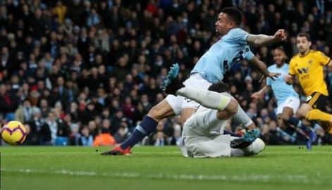 Jesus scores twice in Man City 3-0 win over Wolves