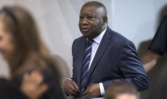 Laurent Gbagbo: Ivory Coast ex-president  remains behind bars pending appeal