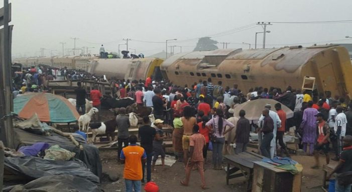 Many Trapped As Train Derails In Lagos